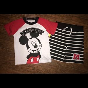 Brand new Mickey set size 3T
